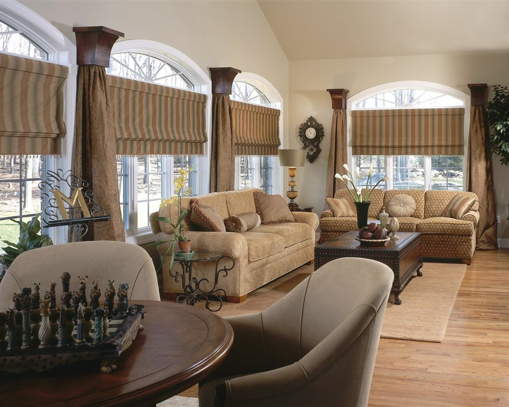 Living room design with chess board and pieces on round table