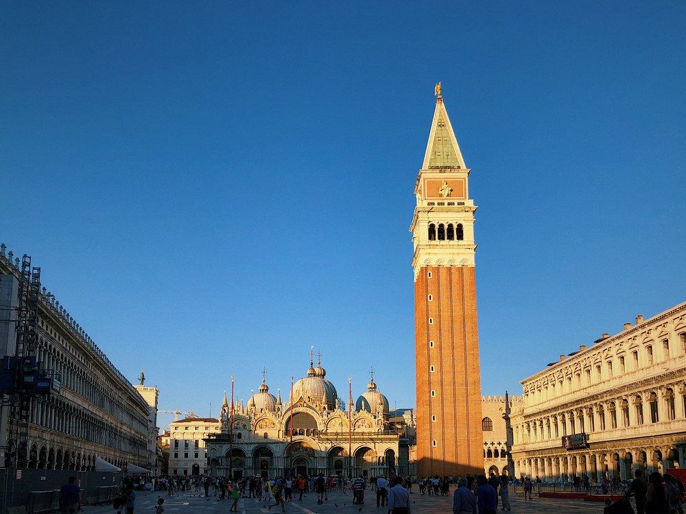 Italy Travel Diary + Vlog | Part 2 - Venice and Burano