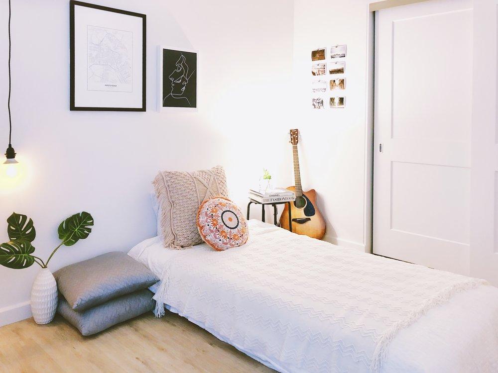 San Francisco Apartment Tour - Bedroom