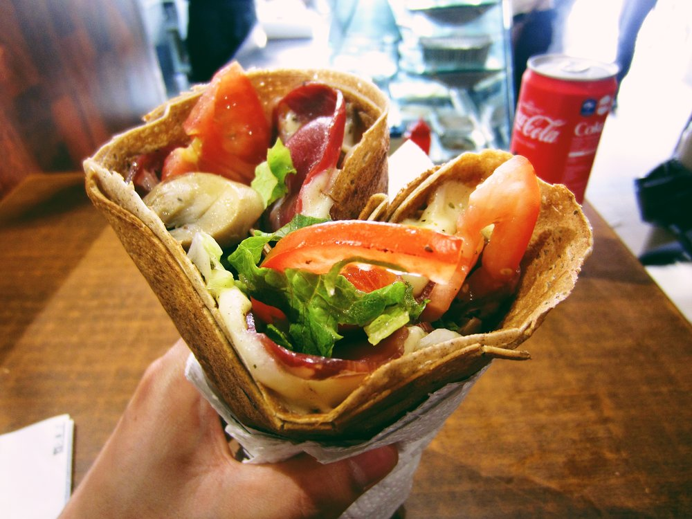 The Paris Bucket List - the best crepes at Au p'tit grec!