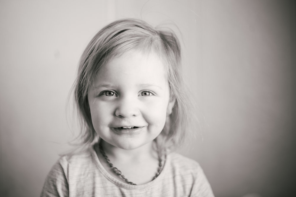 Montana, Pacific Northwest, Lifestyle Photographer - Hazel age 3 - Ashley Tintinger Photography -5.jpg