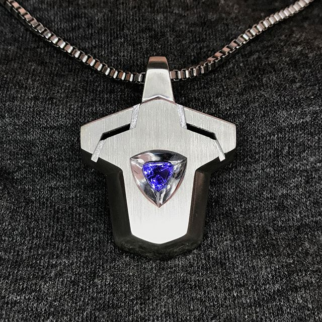 TEAR OF THE MOUNTAIN. The first immortal object from Black Ram Industries.  Made with an 18k White Gold frame with a centre core of Tanzanite (0.67ct - Internally Flawless, Violet Blue Exceptional, trilliant). Available. DM me for price. . . . . . #jewelry #jewellery #gold #whitegold #tanzanite #tanzaniteblue #pendant #blackramindustries #immortal #design #fashion #form2 #3dprinting #3dprintedjewelry #pendant