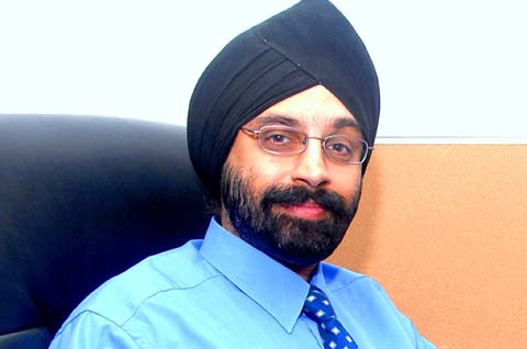 Vineet Singh Hukmani -MD & CEO - 94.3 Radio One