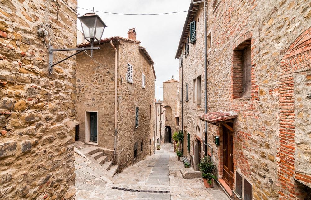 borgo-castiglione.jpg