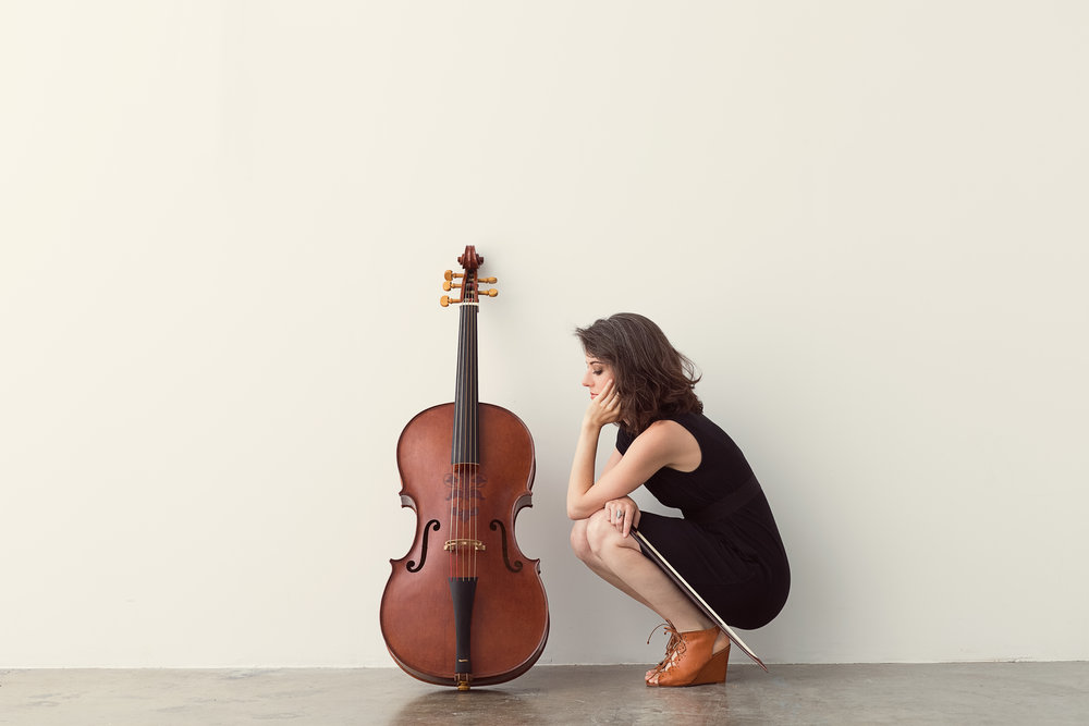 Elinor Frey (cello)