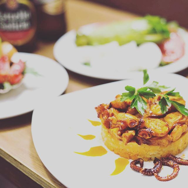 **2 for 1 on all tapas today until 5pm** 0203 441 1718  info@tapelia.co.uk