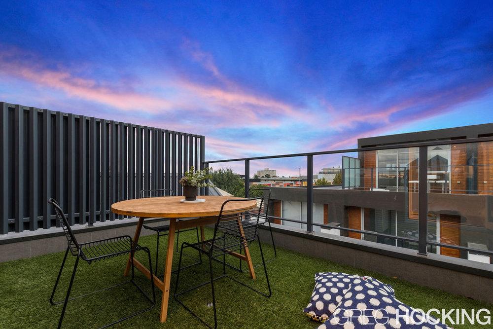 Williamstown Melbourne Creative Property Stylist Warrior (1).jpg