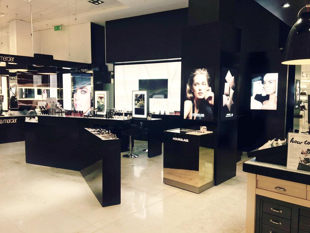 Luxury retail design shopping centre