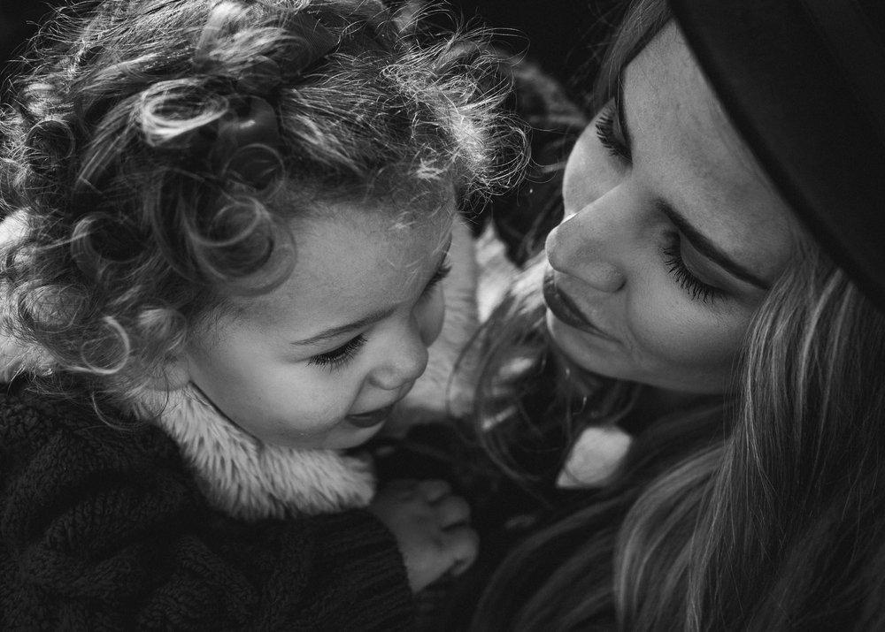 lifestyl mother daughter portrait.jpg