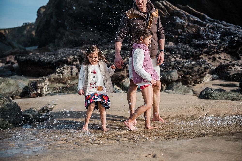 splashing in cornwall beach Chui King Li Photography-7634.jpg