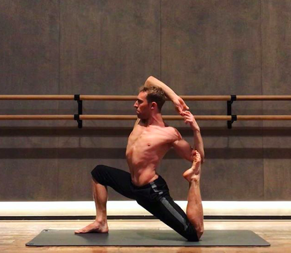 Powerful Vinyasa Yoga Class with Luke - Sunday 14th October @11am£20