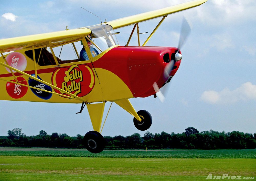 Kent-Pietsch-Jelly-Belly-Airshow-2010-Up-Close.jpg