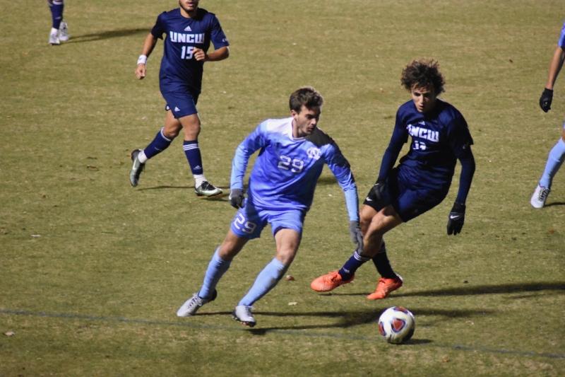 Sophomore midfielder Jeremy Kelly
