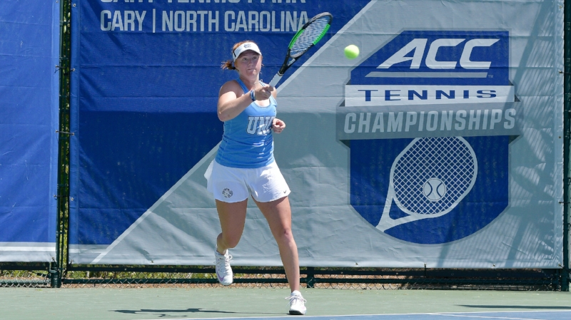 Sara Daavettila battled for nearly four hours on Sunday to give the Heels the win | Photo courtesy Jeffrey A. Camarati/UNC Athletic Communications