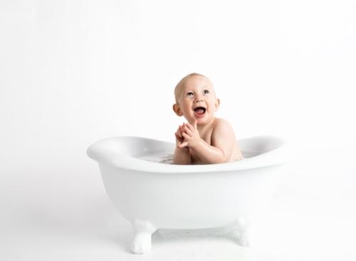 babybathtub2.jpg