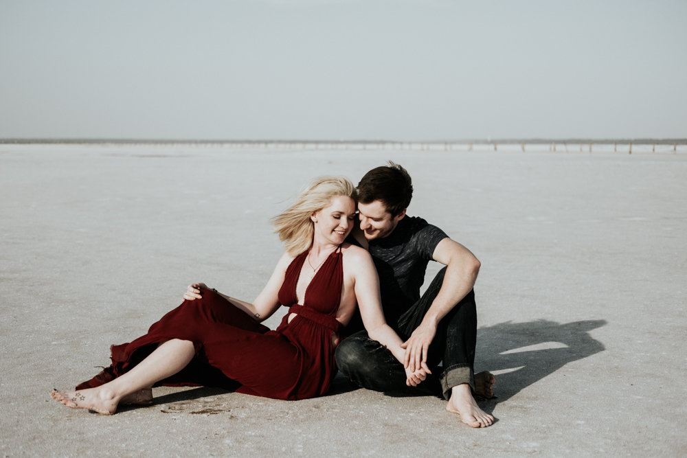 Couples Engagement Photographer, Adventure Photography Session in Great Salt Plains State Park