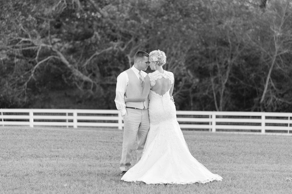 Ashven-Estate-Wedding-Photos037.jpg