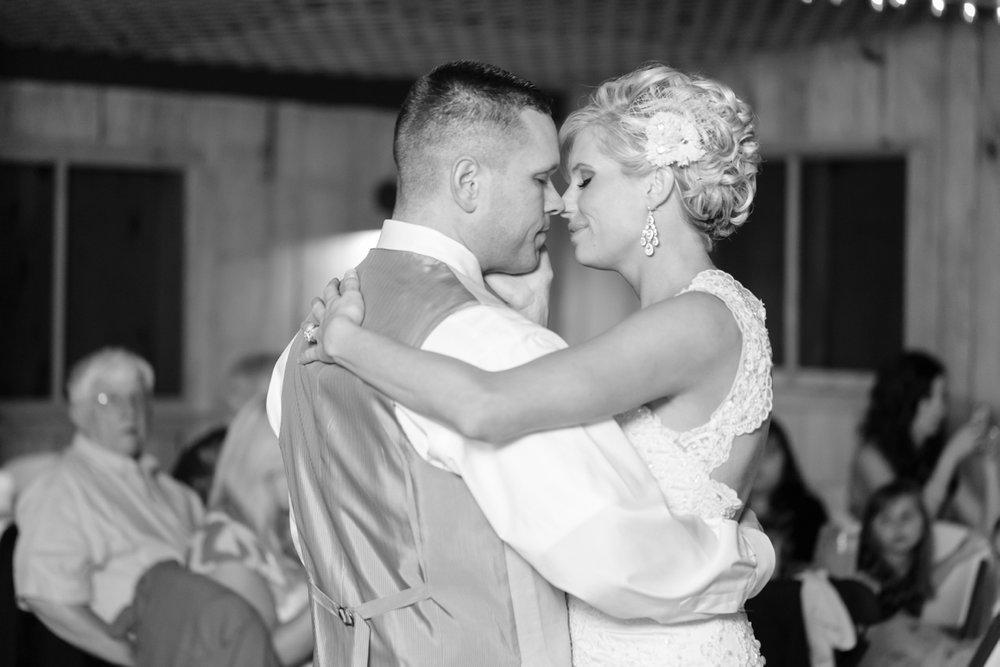 Ashven-Estate-Wedding-Photos044.jpg