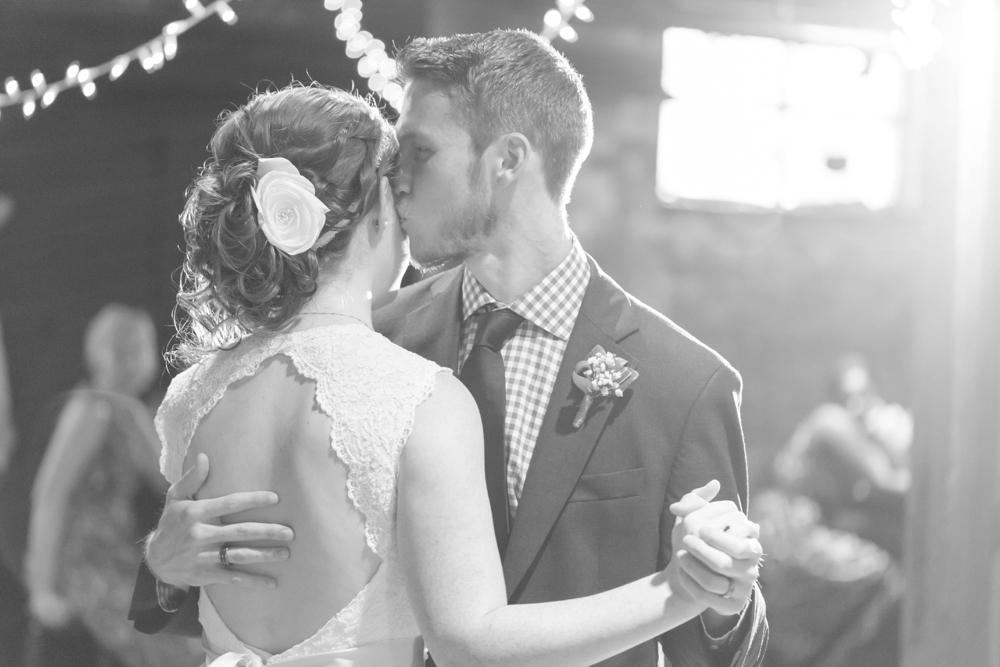 Locust-Grove-Wedding-Photographer034