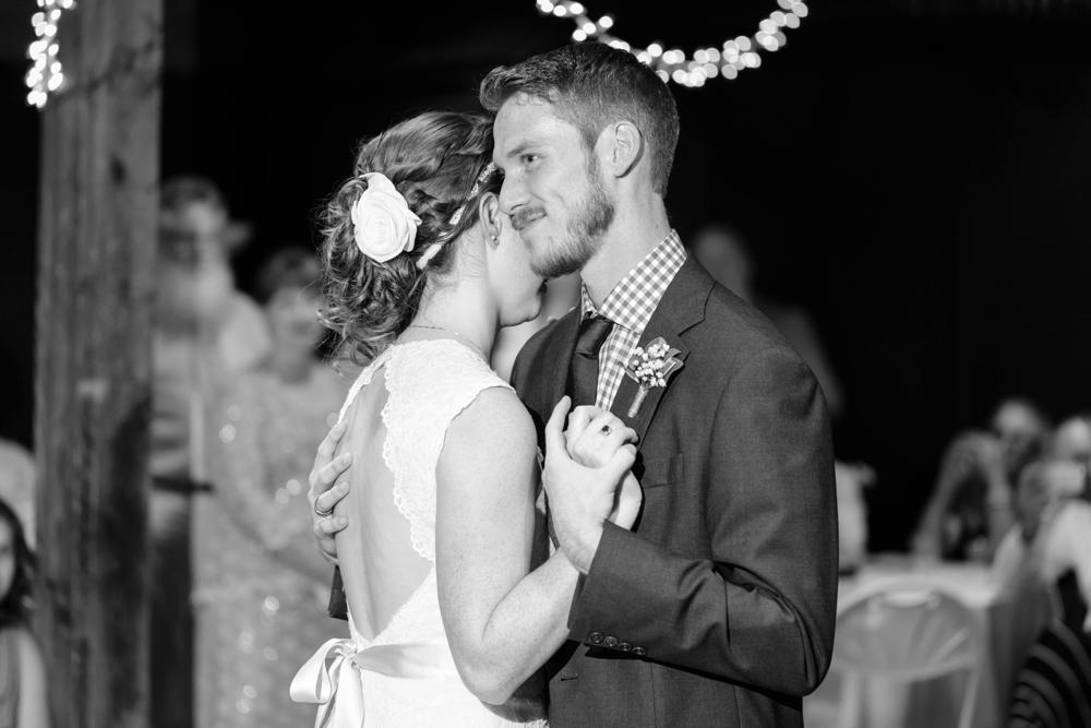 Locust-Grove-Wedding-Photographer035