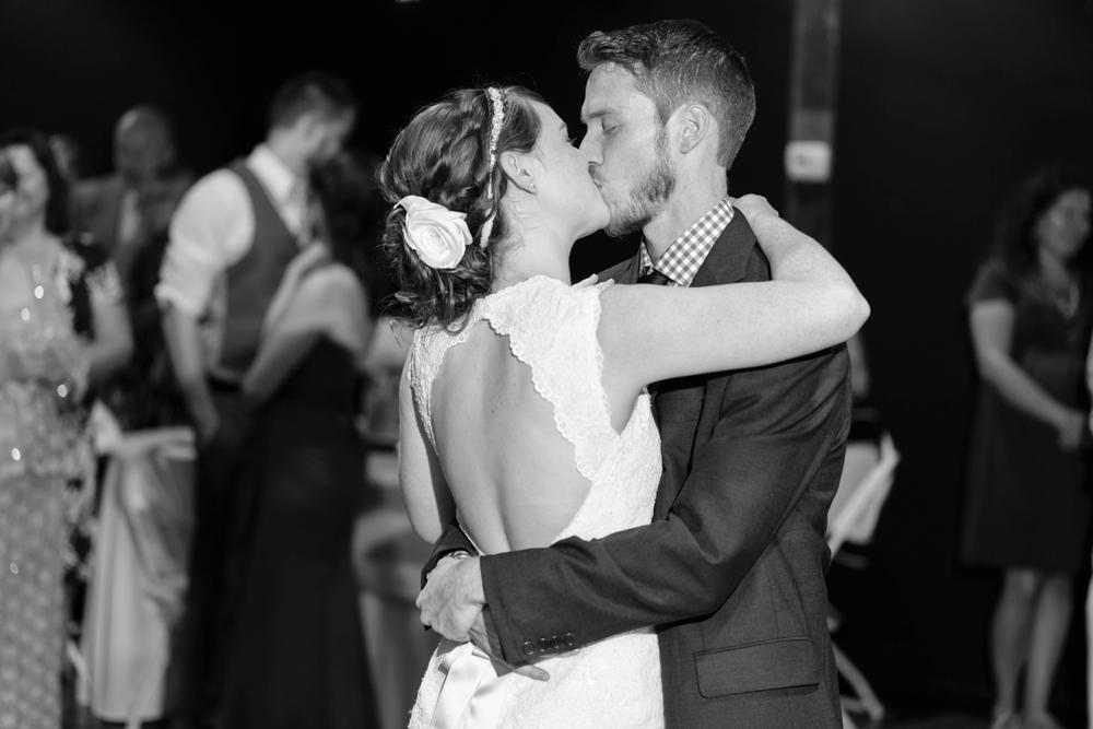 Locust-Grove-Wedding-Photographer037
