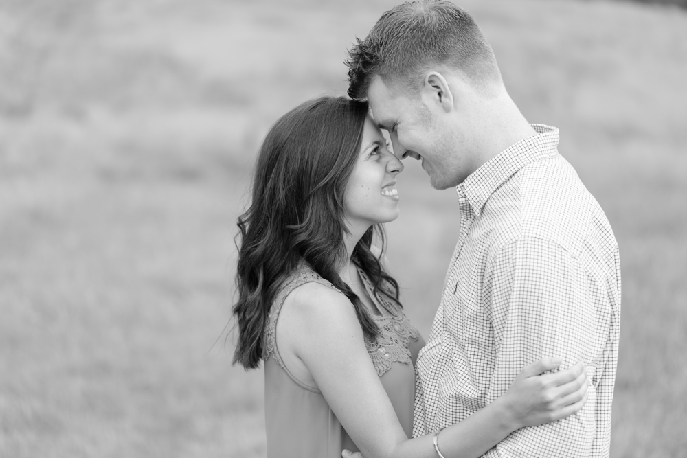 Nash-Farm-Engagement-Photos0002