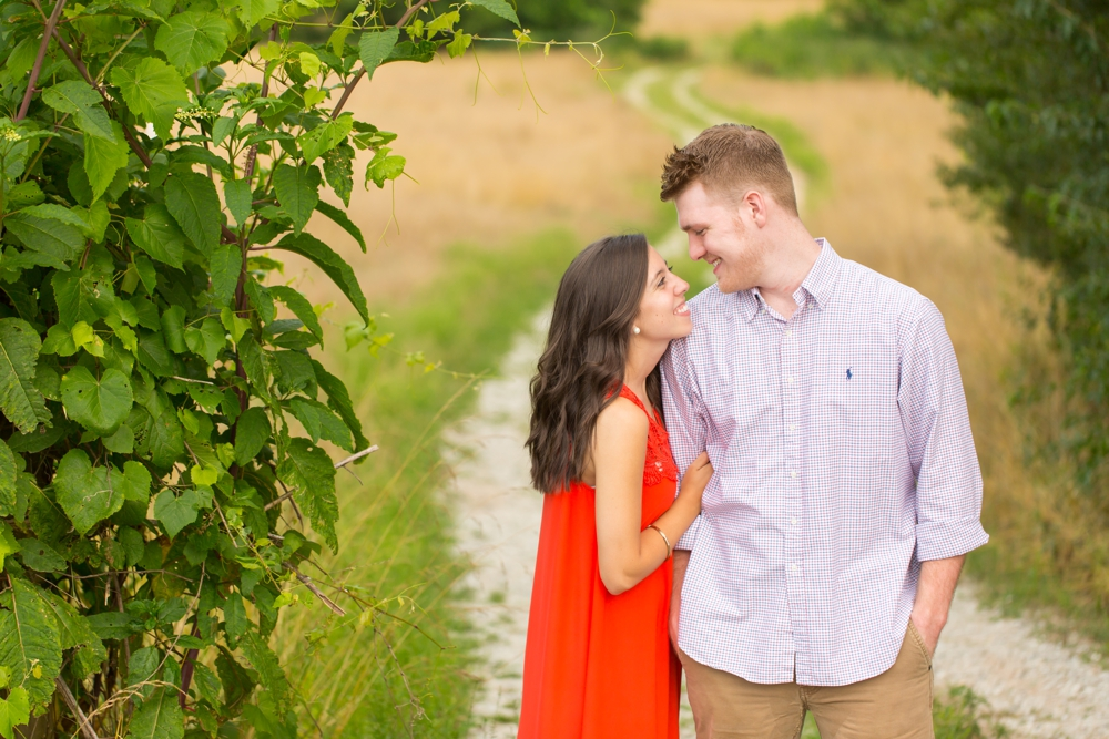 Nash-Farm-Engagement-Photos0013