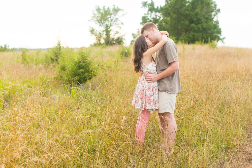 Nash-Farm-Engagement-Photos0019