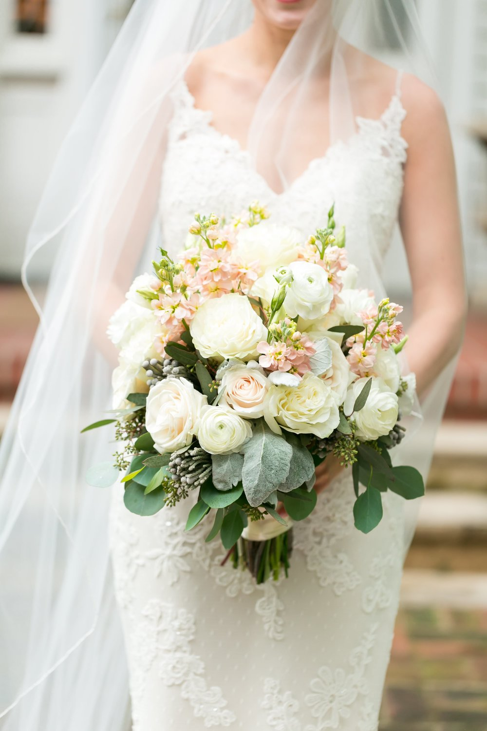 Bridal-Bouquet-Pictures25.jpg