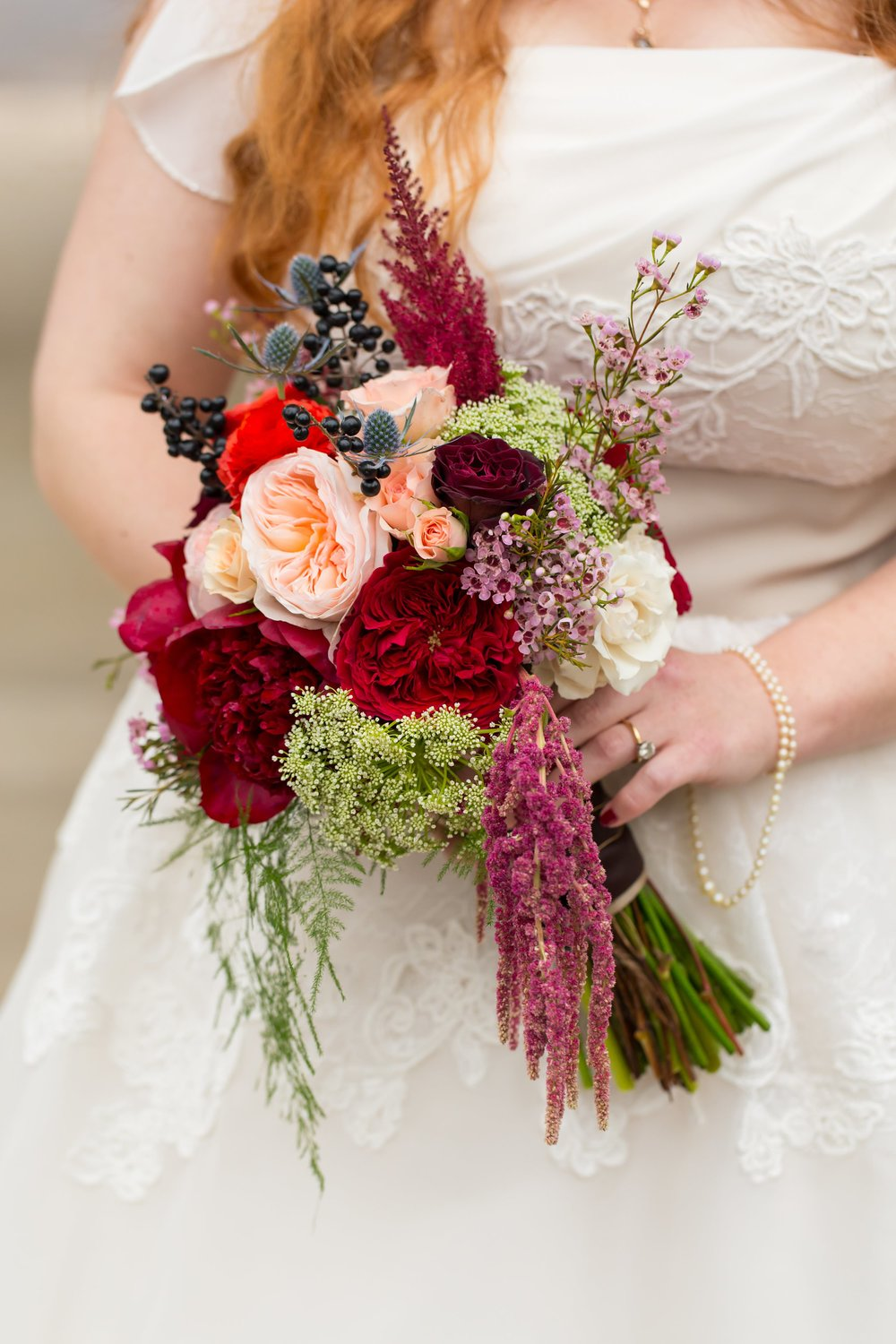 Katie put this glorious, warm toned bridal bouquet together herself! Can you believe that? She's so talented! I had to include this one just because it's so beautiful.