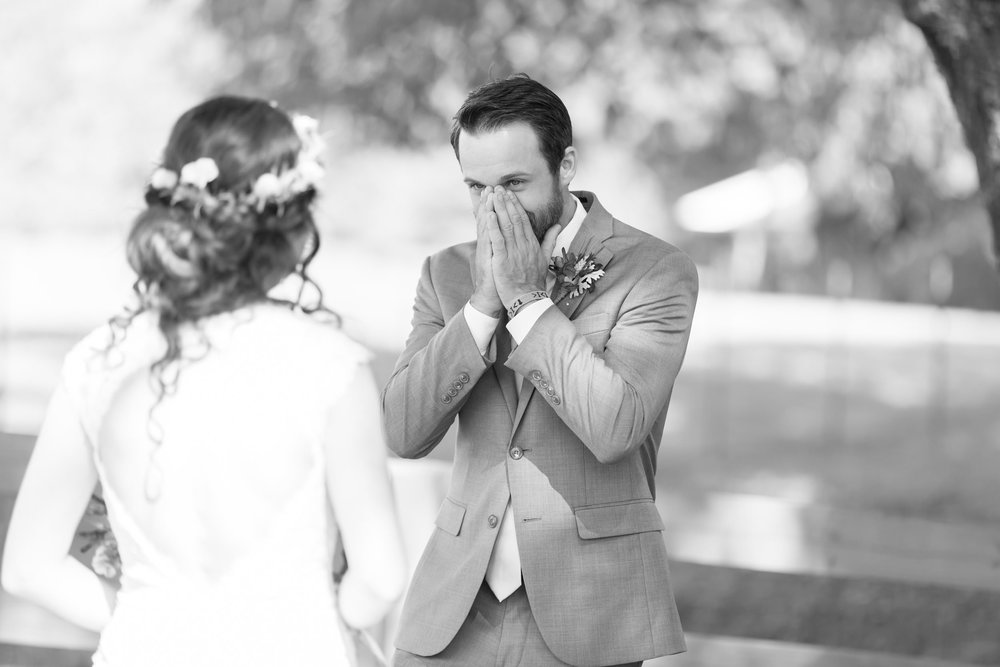Groom-Reaction-Photos-Atlanta-Wedding-Photographer03.jpg