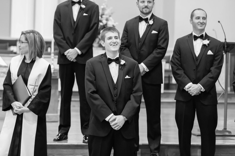 Groom-Reaction-Photos-Atlanta-Wedding-Photographer06.jpg