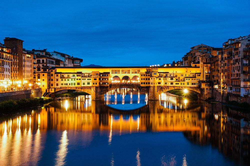 Ponte-Vecchio-At-Night-003.jpg