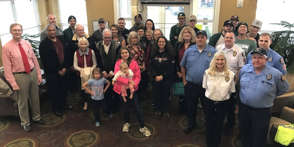 Motlow student-athletes join first responders, city officials on Valentine's Day