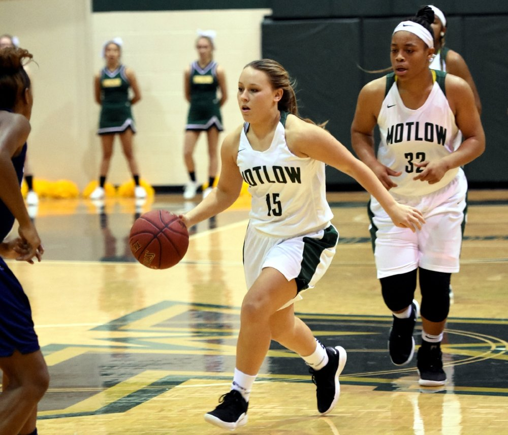 Freshman Katie Thomas (15) and sophomore Janna Lewis (32) combined for 43 points to lead the Motlow Lady Bucks to a 79-63 win over Central Georgia Tech last week at Copperweld Arena. The Lady Bucks will host Jackson State Friday at 7:30 p.m. Photo by Jeff Reed Photography.