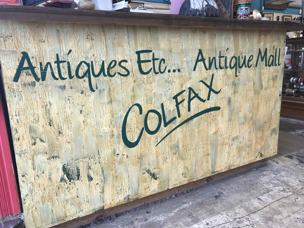 AntiquesEctStore3.JPG