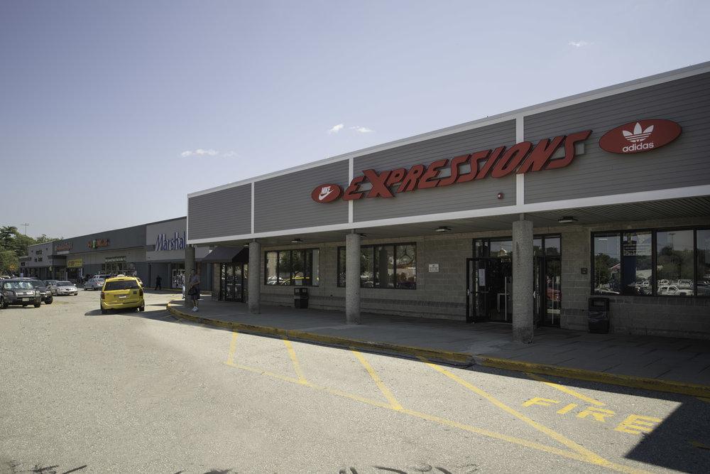 CPI Plaza 114 Lawrence047.jpg