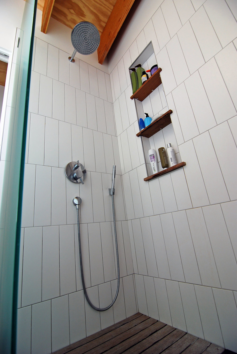 The SHED - bathroom 3.jpg