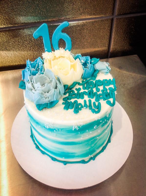 Celebration Cakes-27.jpg