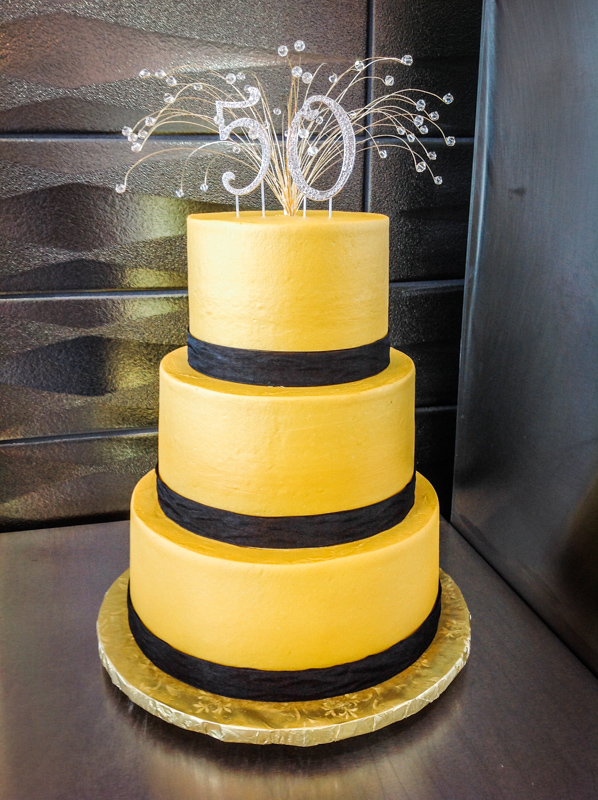 Celebration Cakes-32.jpg