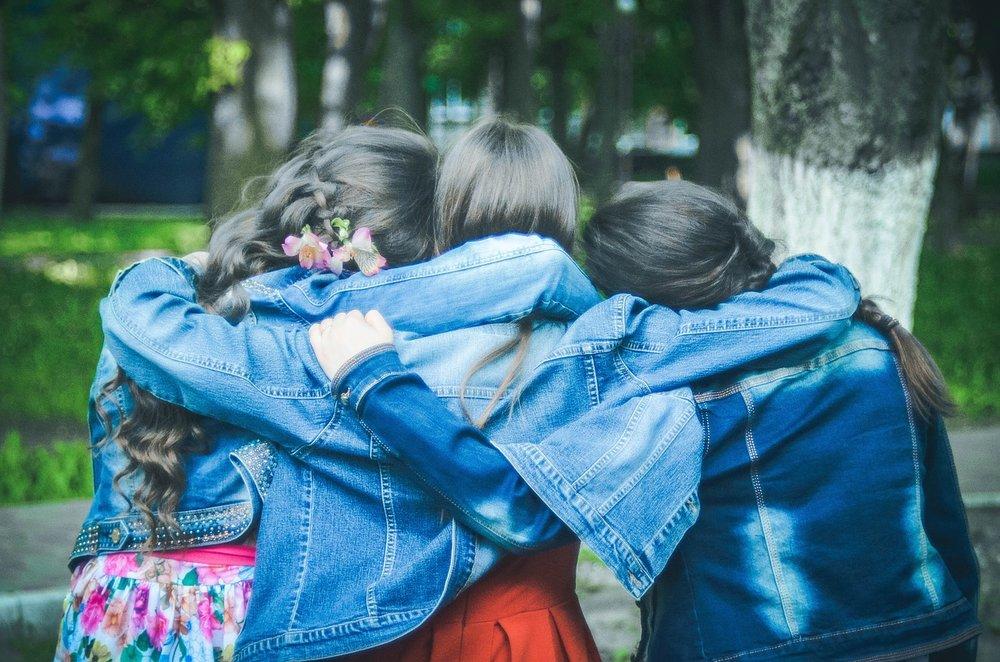 friends-775356_1280.jpg