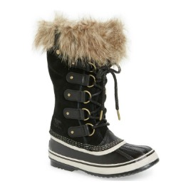 Joan of Arctic Boot.jpg
