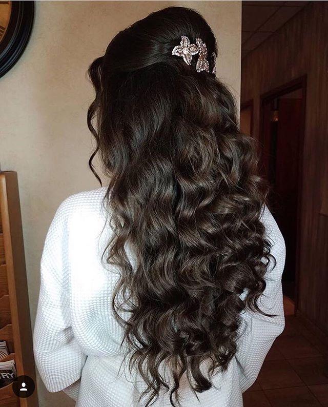 #Repost @ericadoesmakeup ・・・ Hair by Nicole S || using @theouai || . . . . #makeupguru #mrandmrs #hairinspiration #ericadoesmakeup #brideandgroom #graceormondeweddingstyle  #theknot #stunning #happilyeverafter #wellwed  #oncewed #stylemepretty #nycwedding #nychairstylist #nycmakeupartist #makeuplove  #weddinghair #weddingmakeup #newyorkcitybride #makeupoftheday #weddingchicks #createbeauty #nyartistagency #artistagency