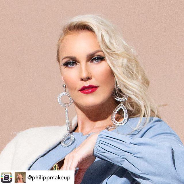 Repost from @philippmakeup. 💄💋💄 #makeup #mua #makeupartist #motd #beauty #closeup #instamakeup #instabeauty #blonde #fashion #editorial #editorialphotography #editorialmakeup #fashionphotography #photography #instafashion #cosmo #redlips #yslbeauty #chanelbeauty #eyelure #illamasqua