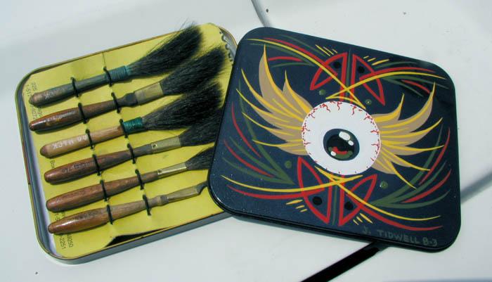 1161102753_tidwell-aol-tin-w-brushes.jpg