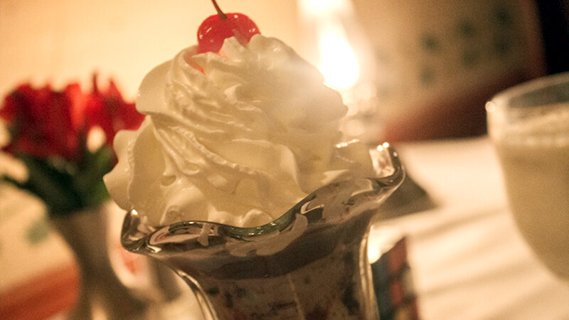 Hot-Fudge-Sundae-photo-by-ManchesterVermont.com_.jpg