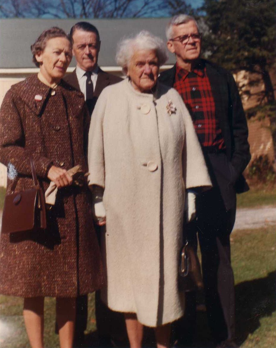Walter with family 1969.jpg