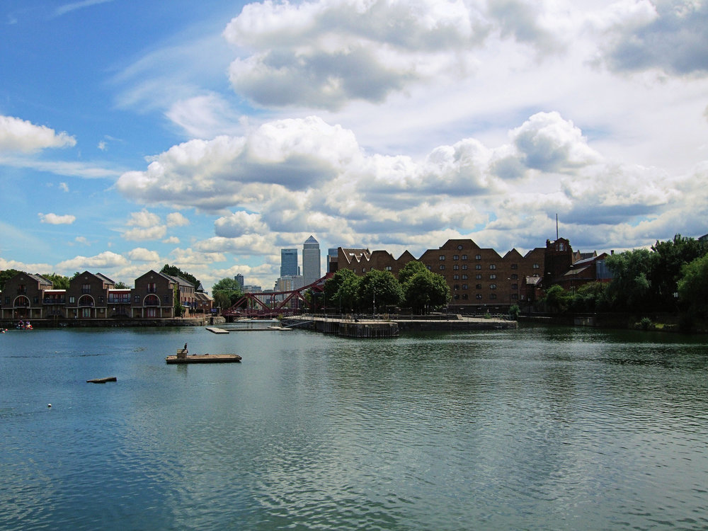 Shadwell_Basin_By_Jim_Linwood.jpg