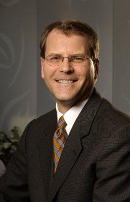 Herluf G. Lund Jr. MD Cosmetic Surgeon Missouri