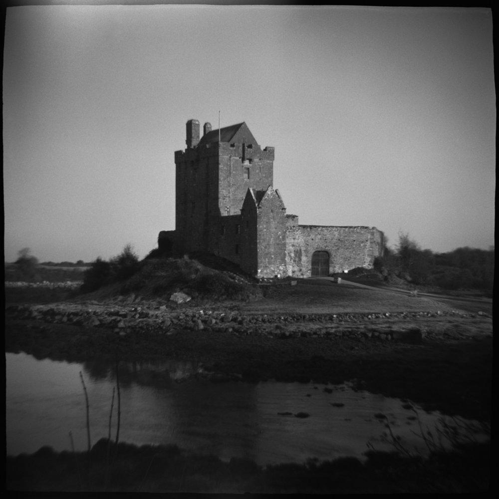 dungauire castle.jpg